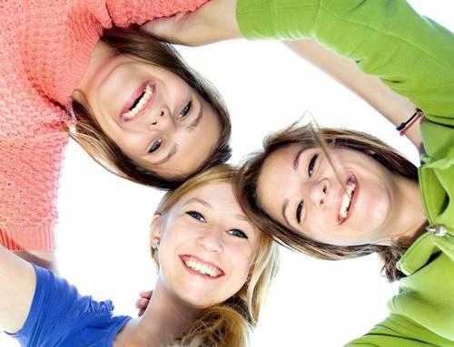 Share your dress – Kleidertauschbörse für Mädchen* und junge Frauen